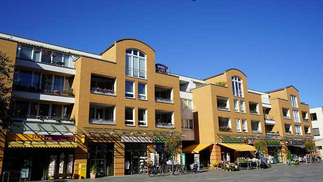 Rathausmarkt (Adolf-Grimme-Ring 46 und 12-14